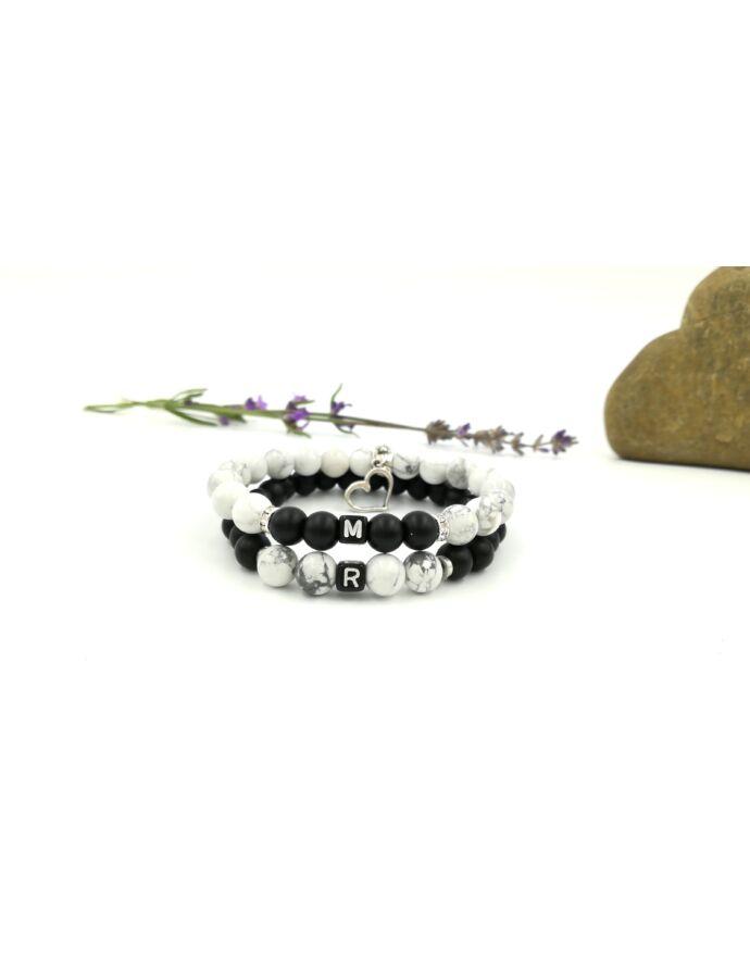 Black & White szerelmi karkötőpár betűkkel_2