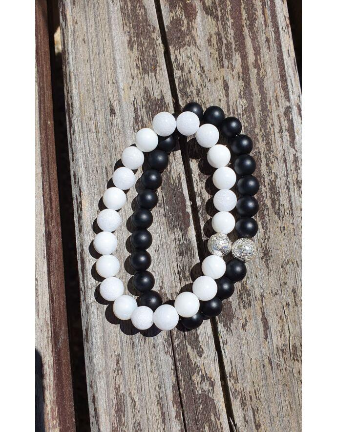 Ezüst lávaköves Black&White szerelmi karkötőpár _1