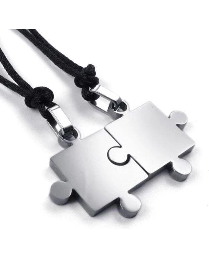 Puzzle két részes párosnyaklánc acél színben