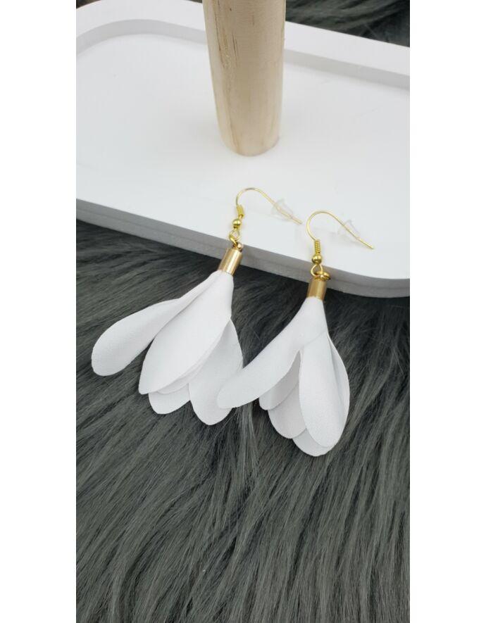 """""""Fehére virág""""gyöngyös fülbevaló"""