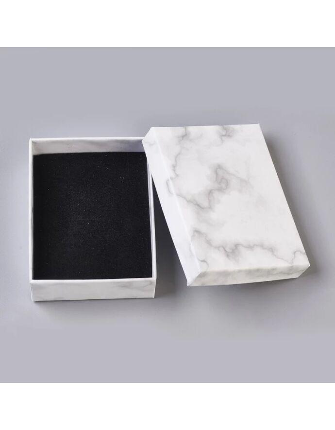 Fehér márványos mintás ajándékdoboz plüss párnával ajándék csomagolás plüss párna ajándék ajándék ötlet díszcsomagolás ékszer csomagolás